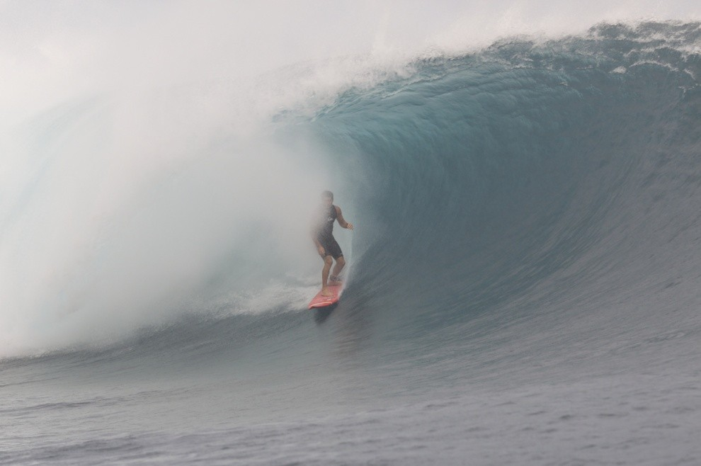 Chris Thompson's photo of Teahupoo