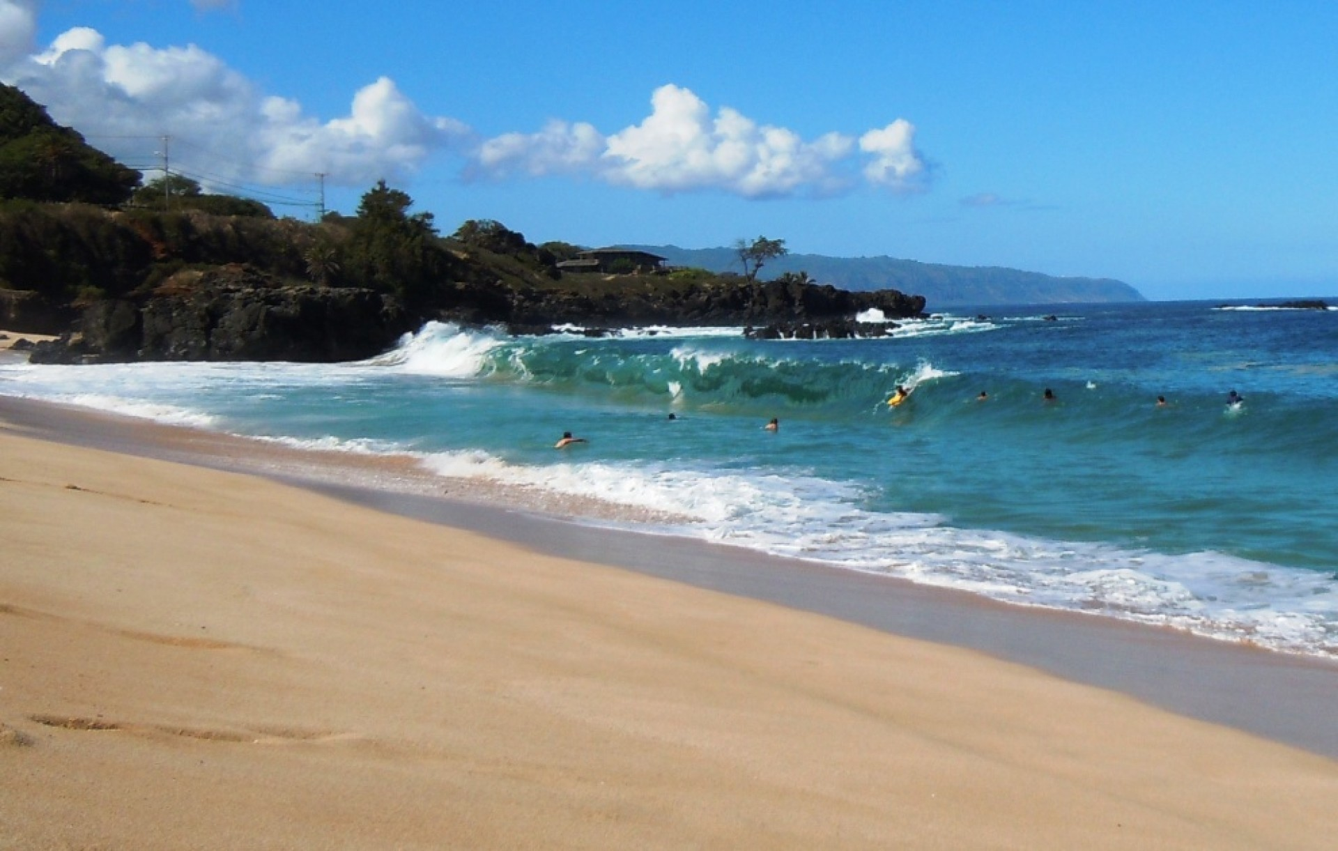 sqirl's photo of Waimea Bay
