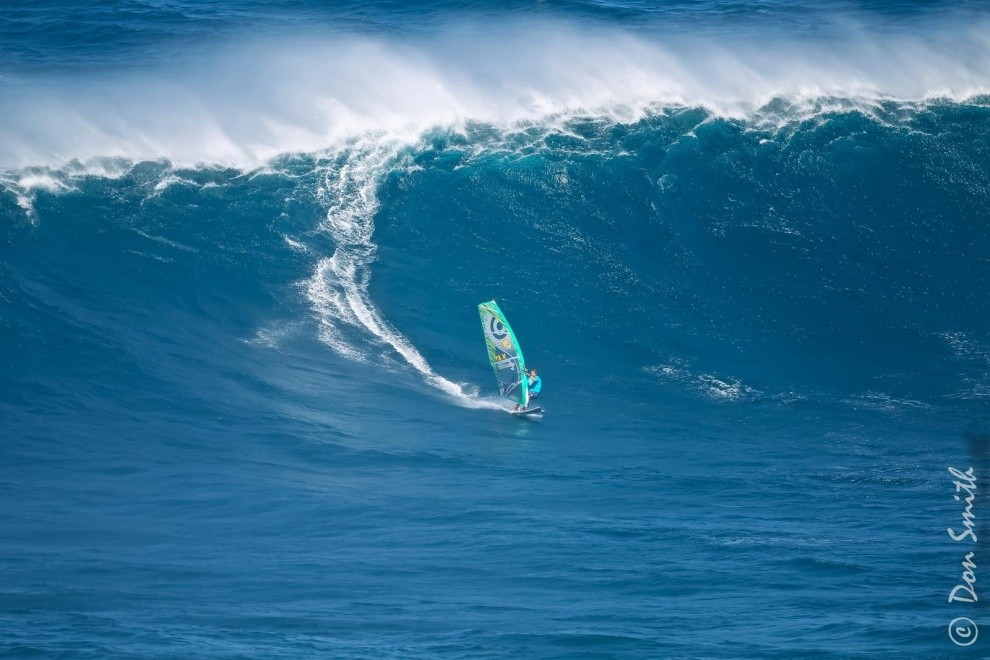 donloop's photo of Peahi - Jaws