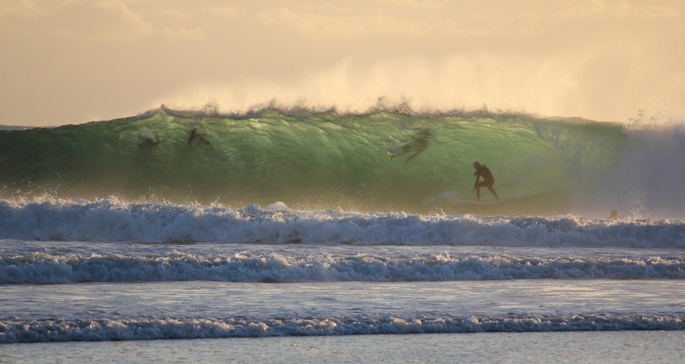 Get Joggly's photo of Snapper Rocks