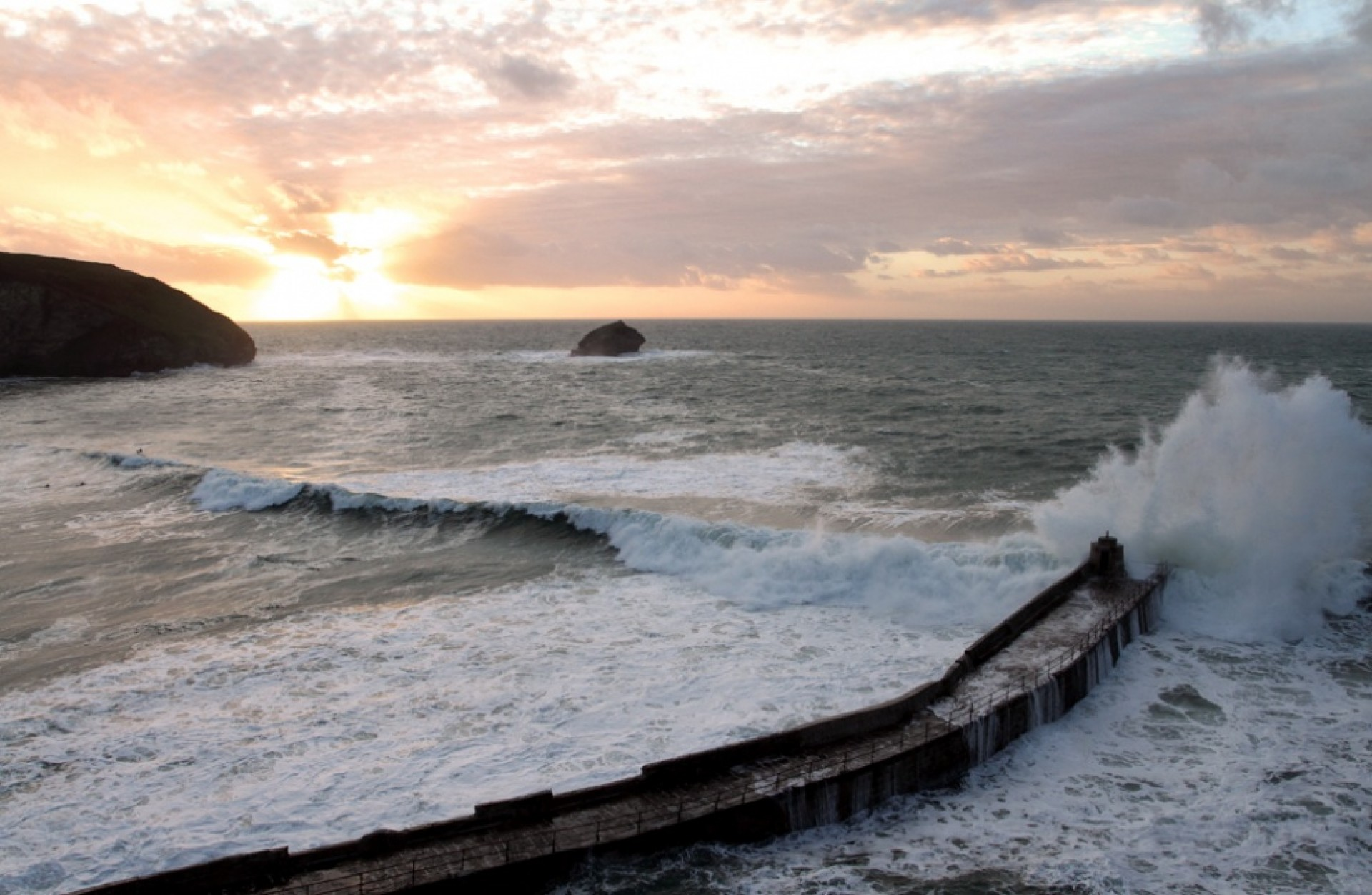 the vanity project's photo of Portreath - Beach
