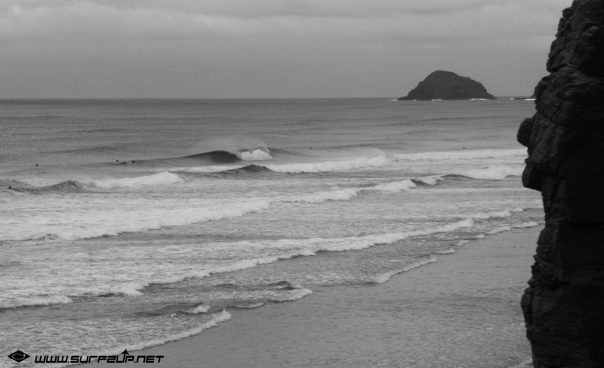 DIGITAL WAVE's photo of Perranporth (Droskyn)
