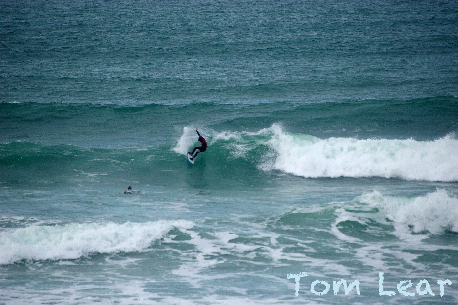 tomlear's photo of Hells Mouth (Porth Neigwl)