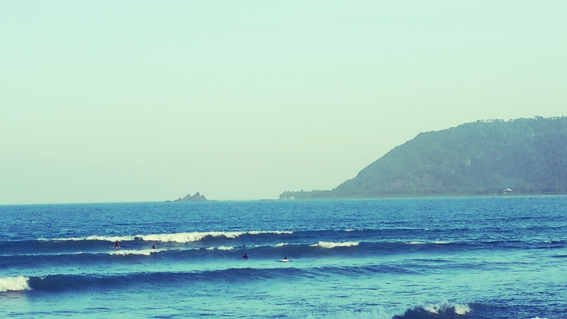 alongcamejaoey's photo of Baler, Luzon