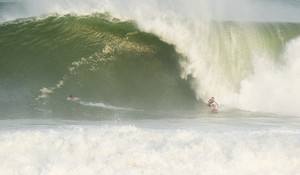 XL Pulse Lights Up Mexico's Premier Beachbreak