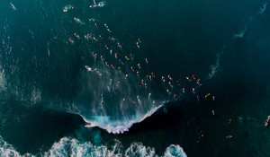 The Five Most Crowded Waves in the World
