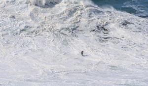 Shredding Monsters at XXL Nazare