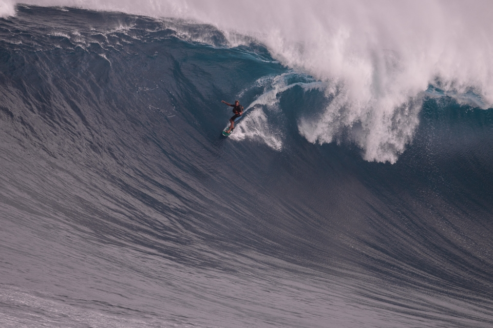 Laird swooping in at Jaws like a indomitable condor.