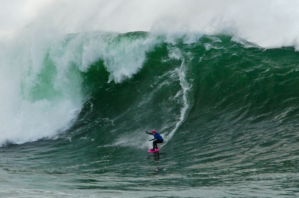 Easkey Britton as the only woman in the event came in first laying down the gauntlet to any other wannbe big wave ladies and proving she can mix it up with anyone.