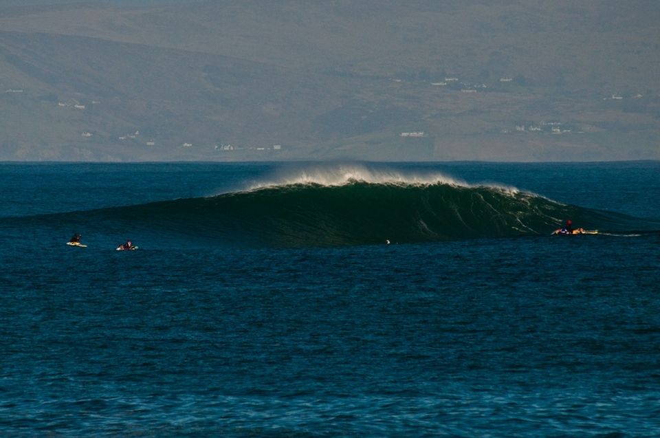 And it aint half a pretty wave.