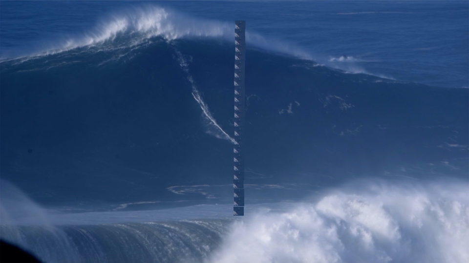 Oh this isn't really how waves are measured, but it sure is tall.