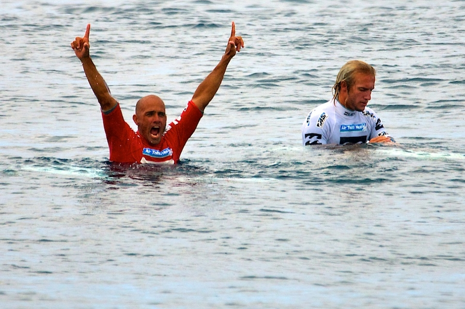 KELLY Slater fresh off a career break takes out the Billabong Pro Tahiti, the world number one slot and sets-up Ke11y. New York looks set for a  blast  of hurricane swell and a win there will surely see him pick up his competitive uges and run with them to Hawaii.