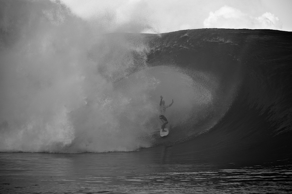 The day after the tow session saw the quaterfinalists decided in thumping perfect Teahupoo. Jadson Andre's claim to fame.