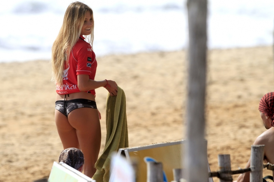 Always a favourite with the photogs, Alana Blanchard showing off her tan.