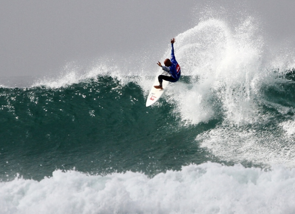 Was Slater over-scored on his plus 8 wave? It made no difference to the result and there's a rematch.