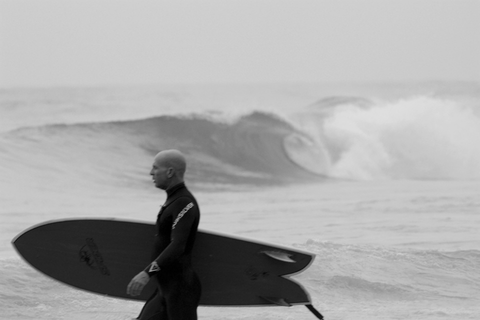 Kontiki, throws a neglected lip. Sometimes you can still find empty barrels even a big city such as Netanya.