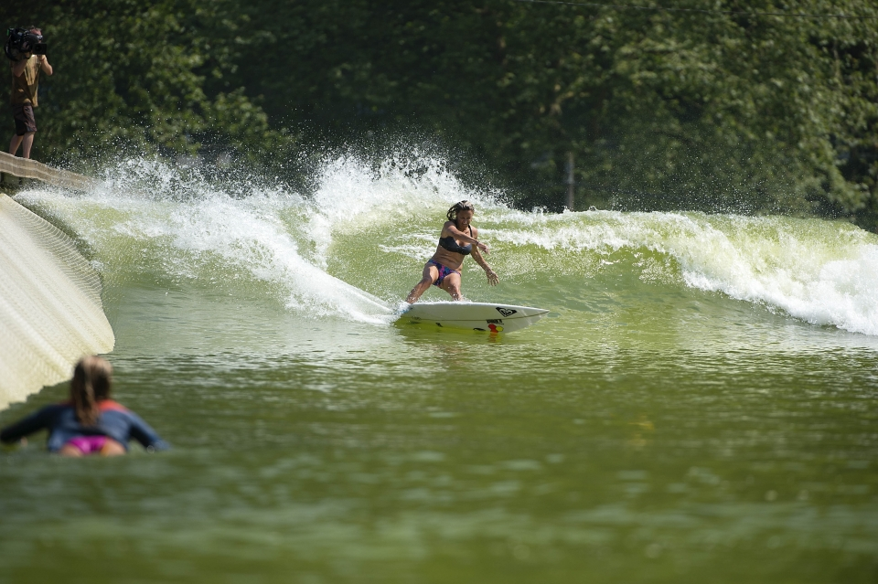 Lisa Anderson laying down a fearsome hack, you could feel that in Biarritz.