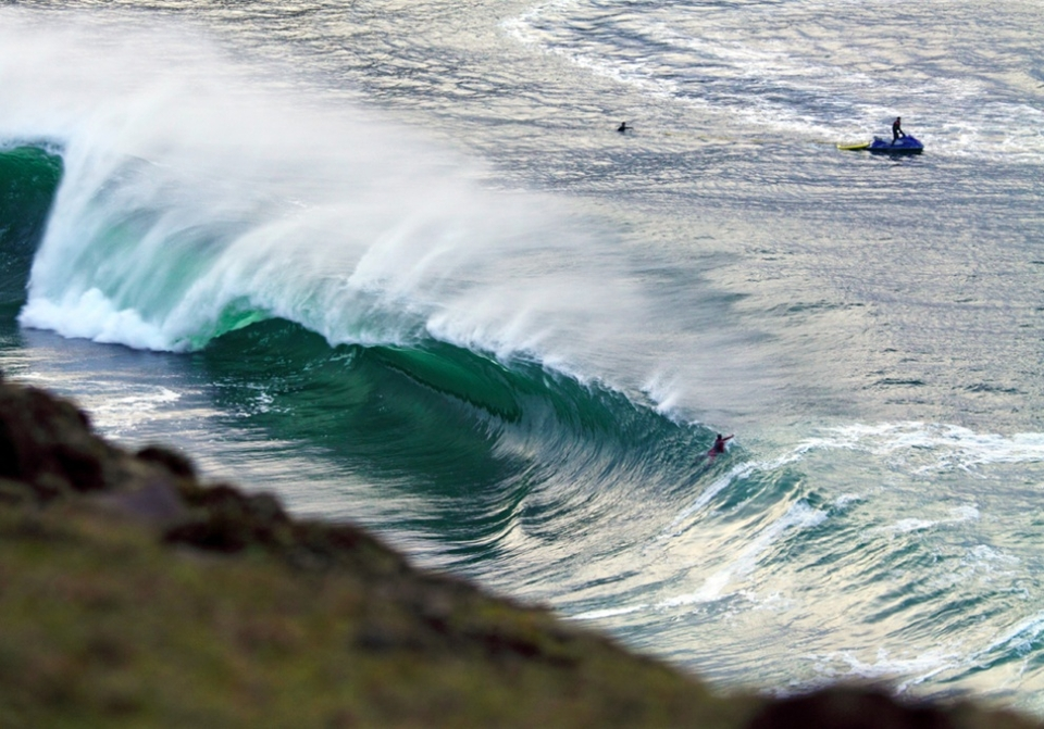 Even when there's no one getting pitted, this wave is a beautiful thing to watch as it unwinds on the limestone reef.