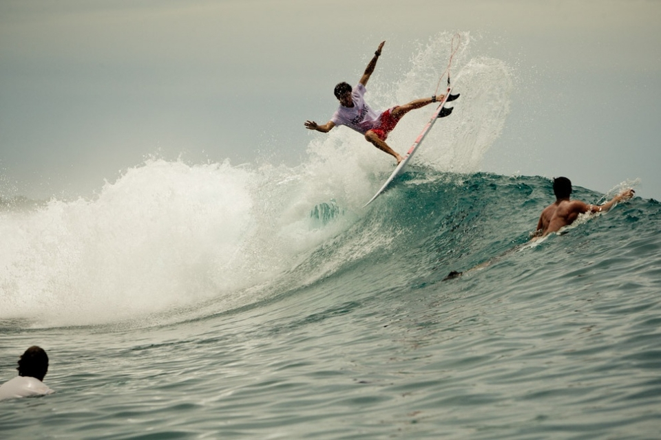 Alain Riou fins free at the the funnest lefthander in the world.