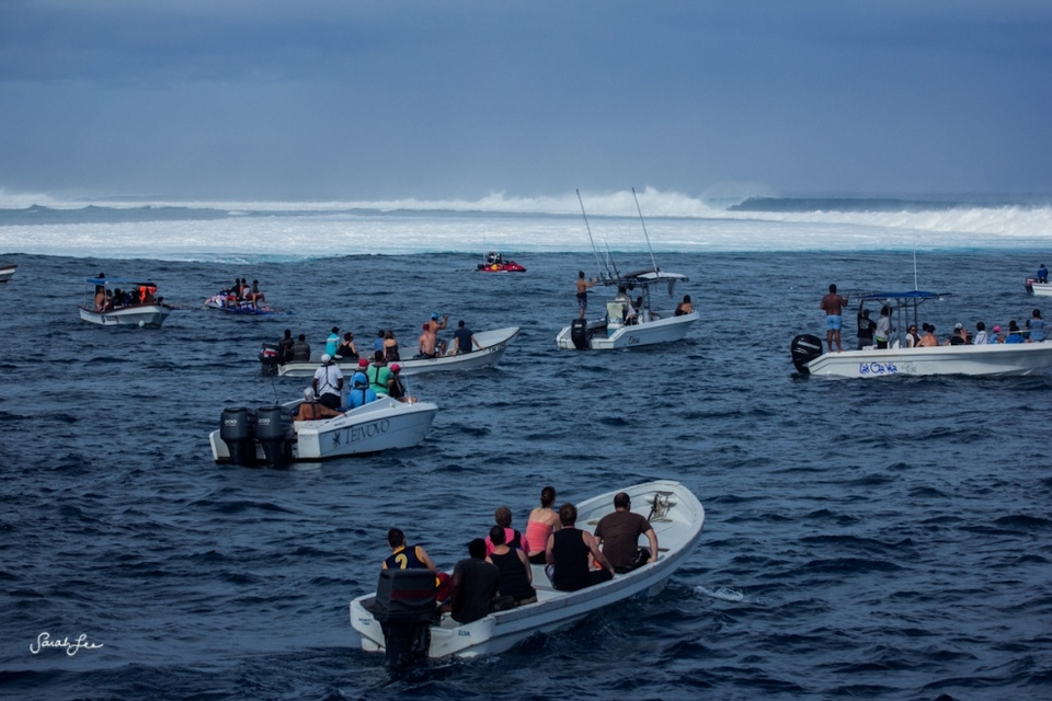 The lineup here is absolutely vast, Cloudbreak sits out on a fringe of reef all alone.