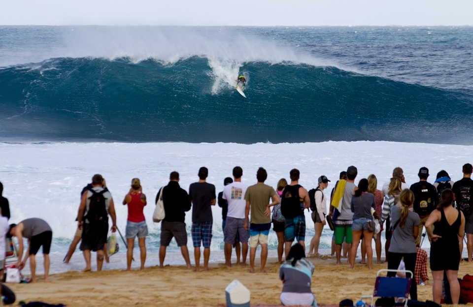 Josh Kerr battled his way to a career first ASP WCT Final. The Australian suffered a heavy wipeout in his round four heat with Slater and Gabriel Medina (BRA), resulting in a brief trip to the hospital. After medical clearance, Kerr overcame the setback to take it all the way to the final.
