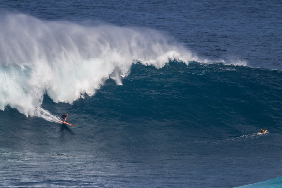 Mike Pietsch on the lesser surfed left.
