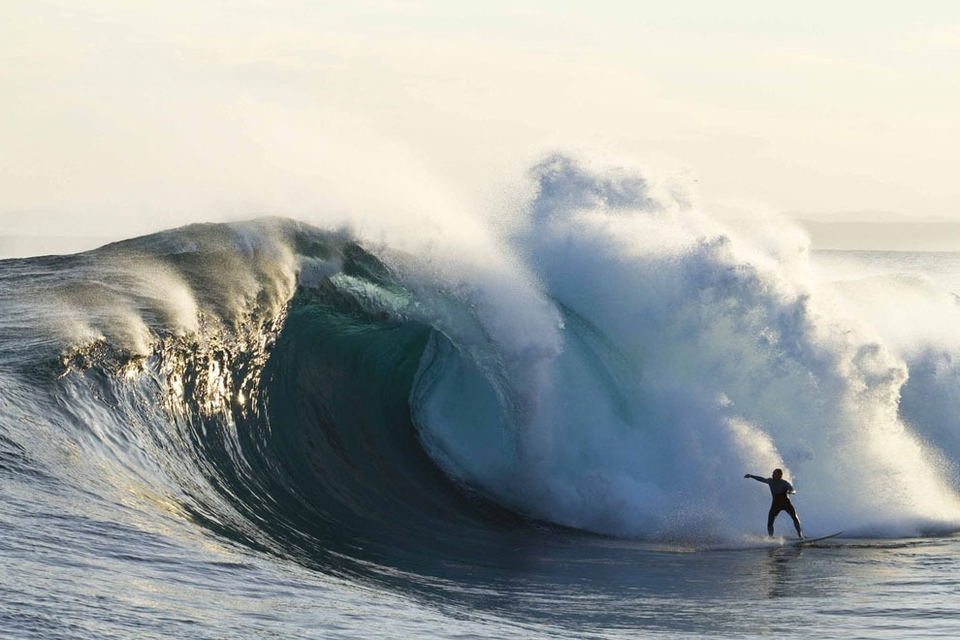 James Hollmer Cross gets caught behind an arvo slab.