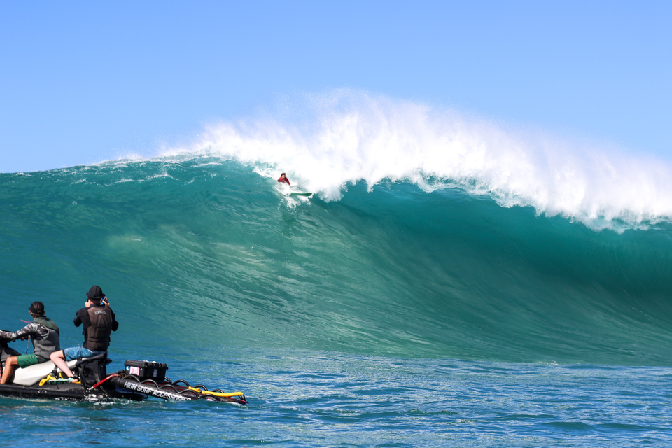 Mason Ho, pulling back on a bomb.