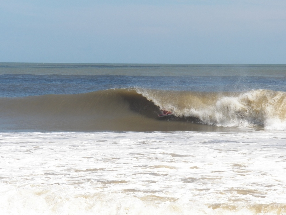 The Outer Banks blew minds with Leslie, head-high barrels for days. Like this one at S Turns.