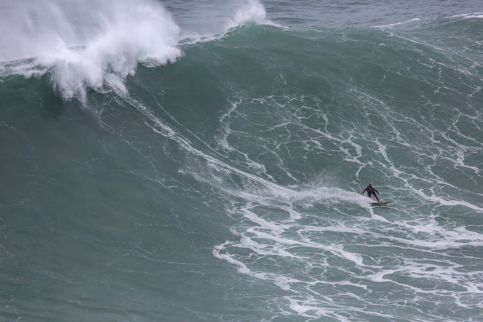 Francisco Porcella, never one to miss an opportunity for XL Nazare.