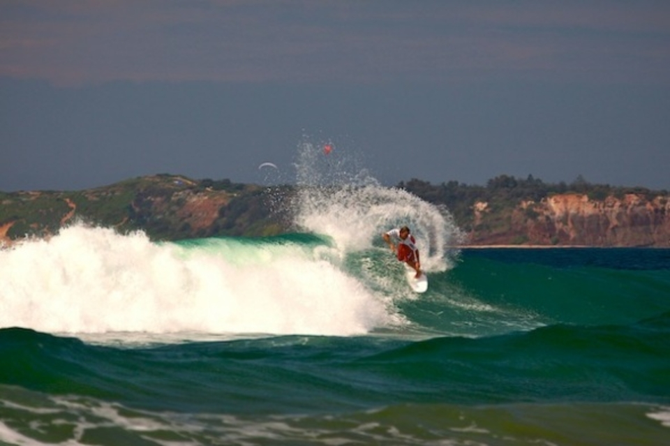 Chris 'Davo' Davidson shaking his tail  ... North Narrabeen