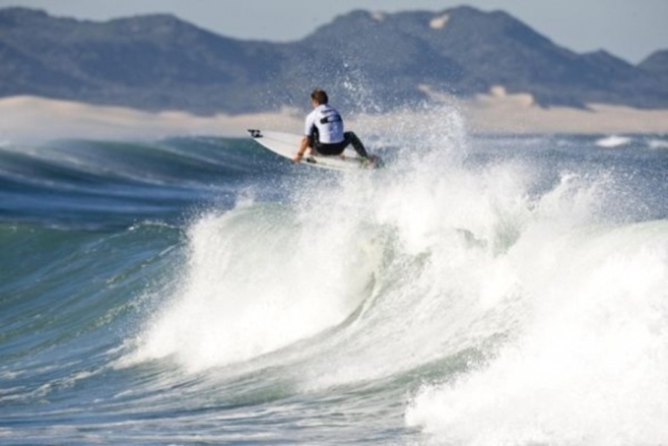 Defending Oakley Pro Junior champion Shaun Joubert blasted his way to the highest scores of the event thus far