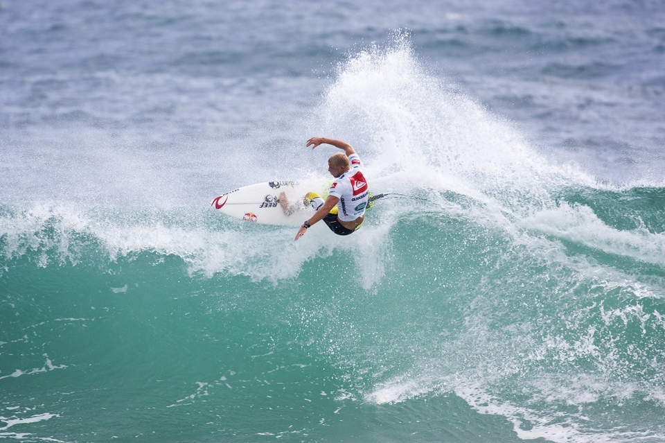 Mick Fanning, oh for where art thou? Mick is not meant to be beaten by Kai at Snapper, it was a shock, but Kai is a pretty handy surfer and Mick will come bouncing back. Just look at least season.