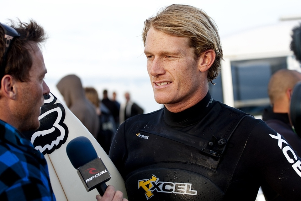 Who else to look out for? Well Bede Durbidge is a constant danger man who always seems to be there or thereabouts. Joel Parkinson and  Bobby Martinez have still yet to surf but both should progress through to the quarters.