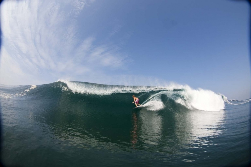 Jamie O'Brien backdoors a Mexican beauty... a caption that sounds eerily similar to a movie I once saw.