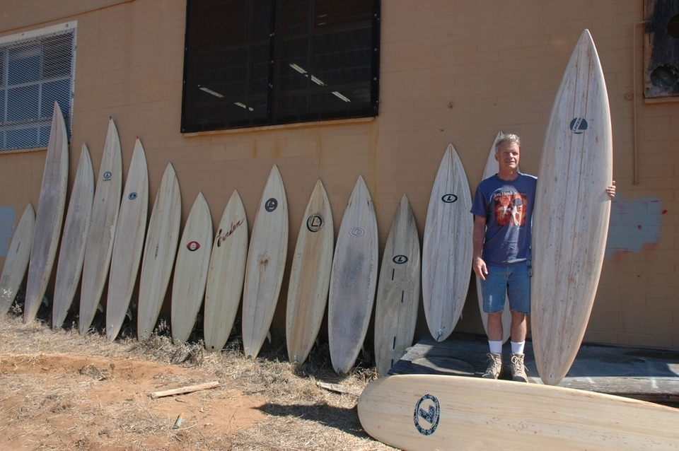 Gary demonstrating his firm belief in a full balsa quiver. Ranging from a sub 5ft lead-weighted balsa tow board through some funky fishes to a 9ft rhino chaser.