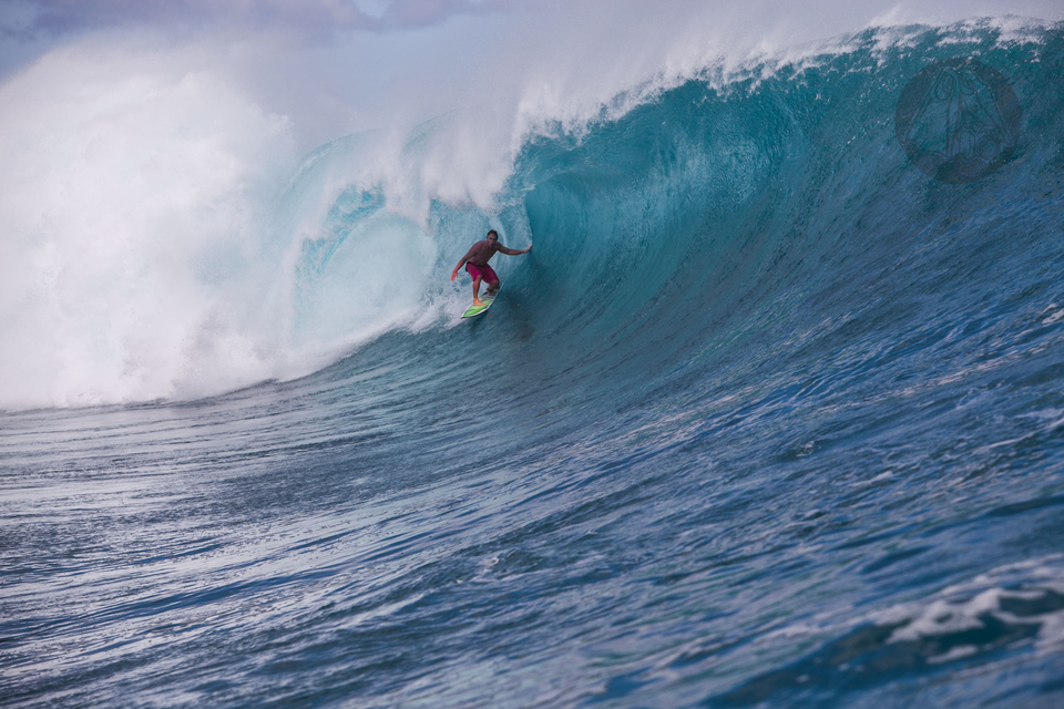 Mark Visser on a wave which started as a 6ft bump and morphed into a monster over the Shish Kebabs section.