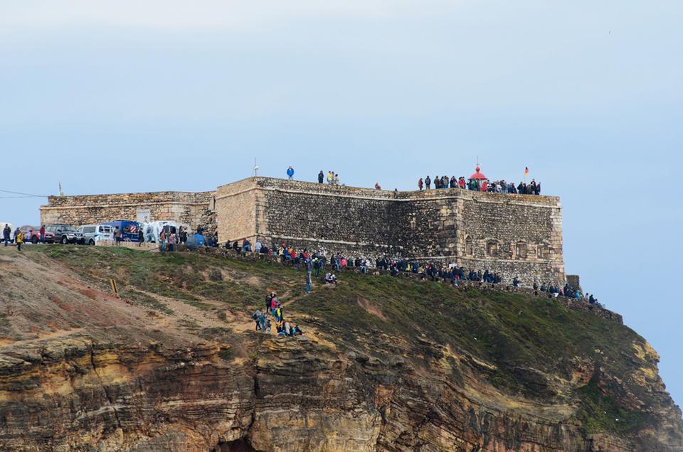 You can bank on a heavy crowd lining the cliffs each and every time this place fires up.