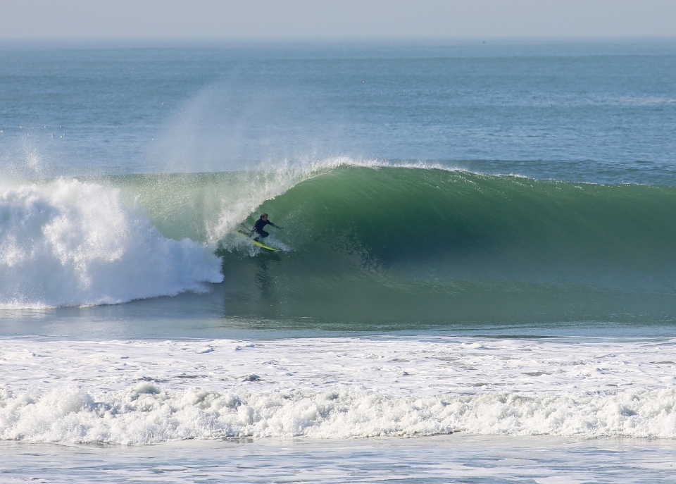The perfect banks have not been ignored by surfing's big names. This is Josh Kerr a few days after Christmas.
