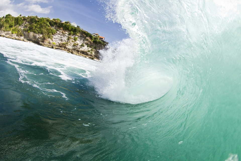 Uluwatu does a lot with not much