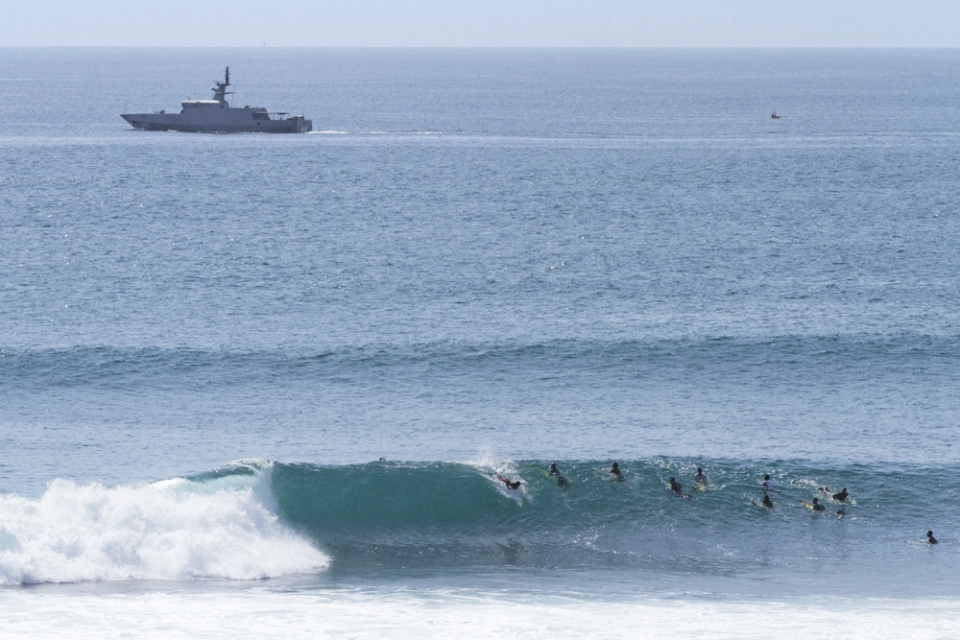Uluwatu starts to feel the new swell at around midday. Racetracks working well.