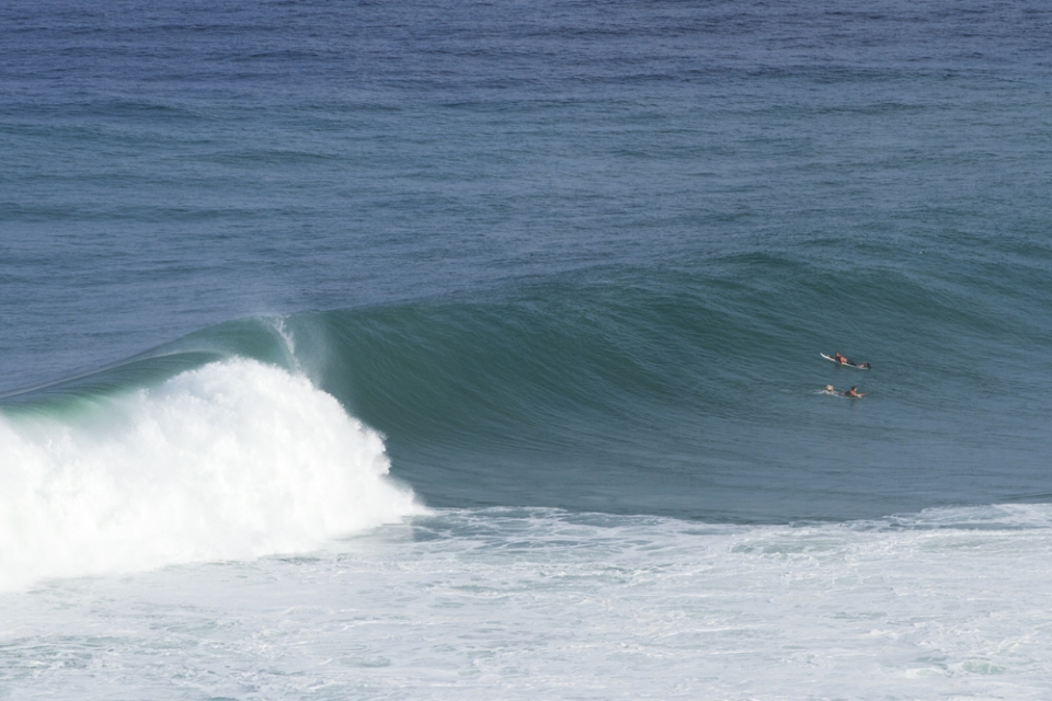 The corner at Uluwatu always has a few willing nutters but they ween't catching much.