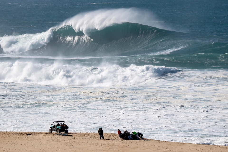 This was Nazare yesterday... still more to come.