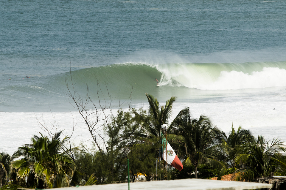 Ah Mex-Pipe! When those XL swells hit the sandbars at Zicatela beach, it can make for quite the spectacle, usually graced by an ensemble cast of chargers. Here's Jafet Ramos.
