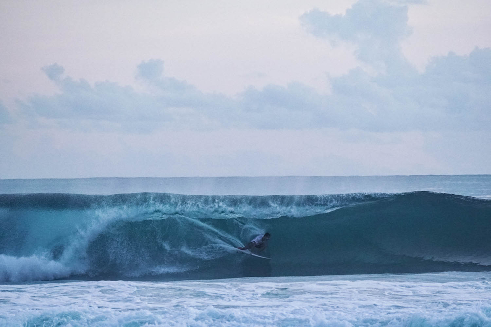 Rodrigo on the last wave.