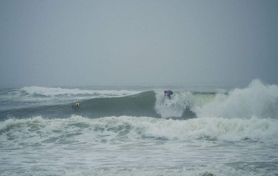 The second day brought with it 4-5 lines, unloading on a beachbreak not unlike those of New Jersey.  Benjamin Sanchis