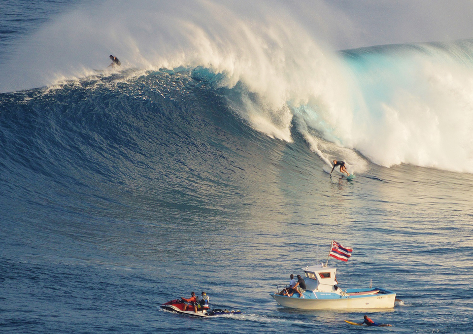 You can't talk about women's big wave surfing without mentioning Paige Alms.