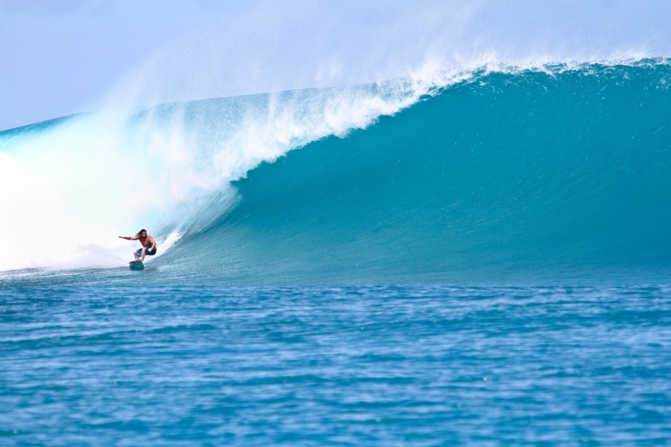 Unknown surfer scores one of the bombs of the swell.  Kandui Left is one of the best waves in the Mentawai but also one of the most dangerous.  This swell was no exception with one dislocated shoulder, 25 stitches counted, broken ribs, torn cartlidge, one surfer evacuated and countless broken boards.