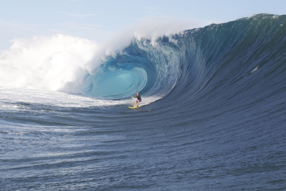 Alex Gray will release an epic edit of the swell in a few days time