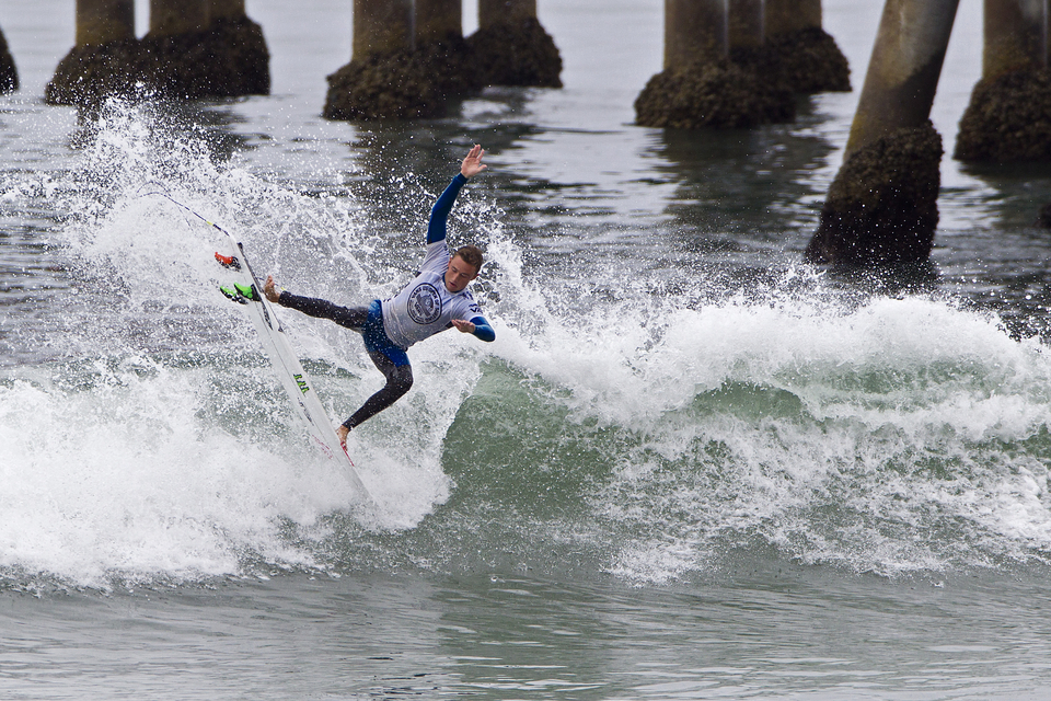 Defeating world title contender Jordy Smith on his way to the semi-finals, 18 year old Australian, Matt Banting, proved himself as a competitive threat for the future.